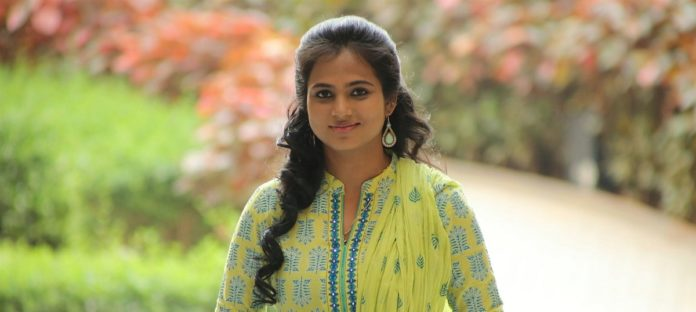 Ramya Pandian in 1st Movie After BB