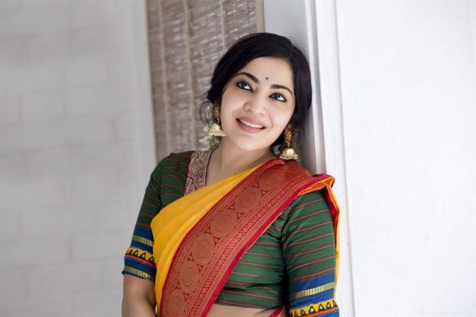 Actress and VJ Ramya Photos