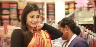 Raja Rani Archana in Velavan Stores